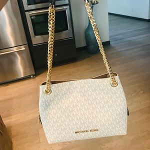 Michael Kors Medium Chain Messenger Shoulder Bag